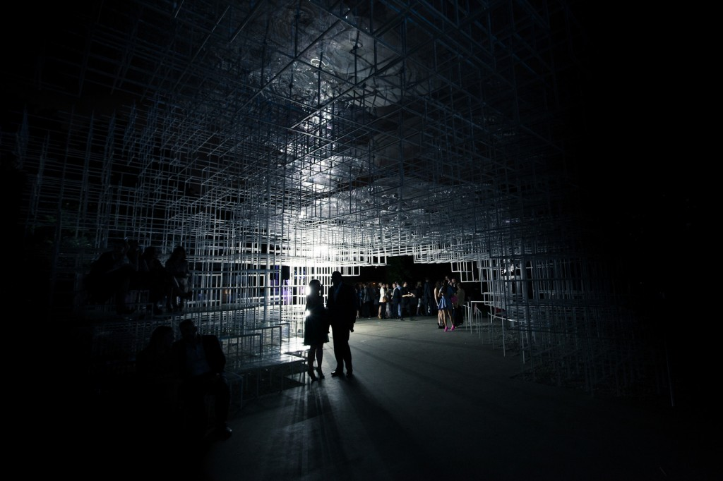 Serpentine Gallery intervention © United Visual Artists