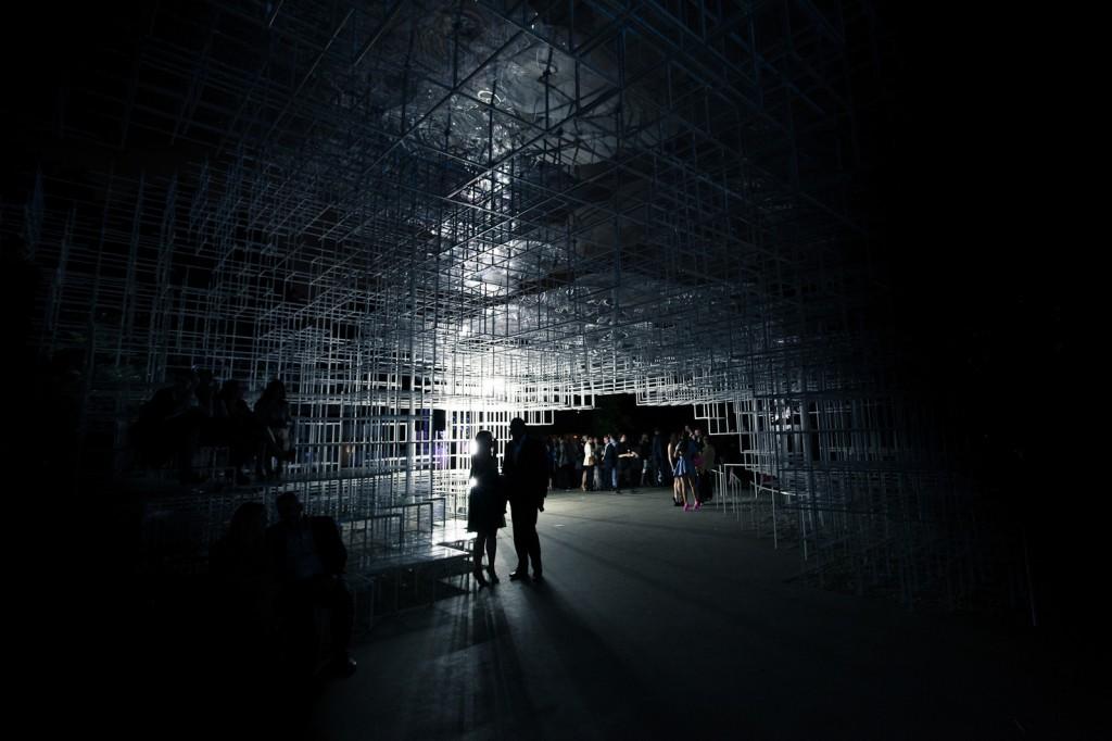 Serpentine Gallery intervention © United Visual Artists